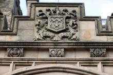 Mansion House Crest
